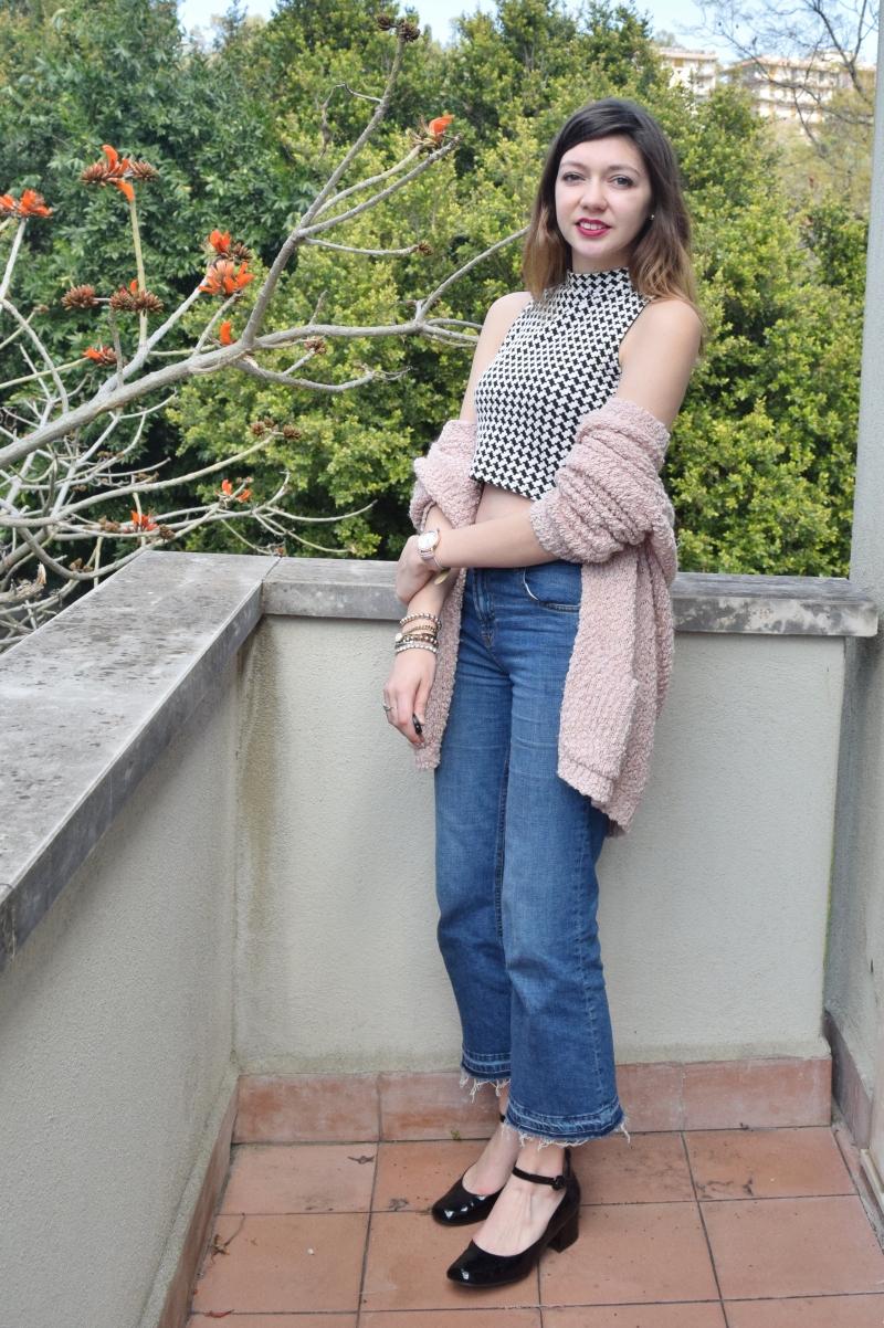 crop top with high waist denim jeans 037
