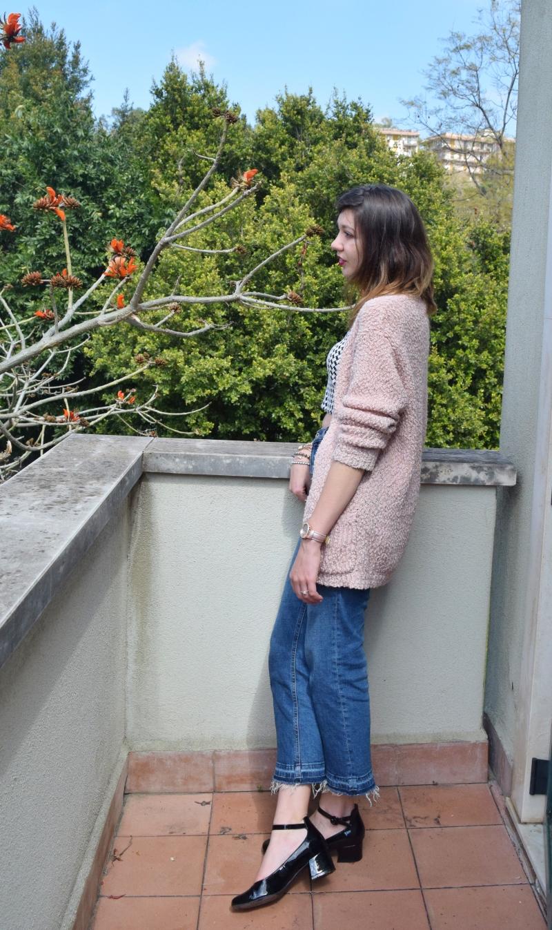 crop top with high waist denim jeans 047