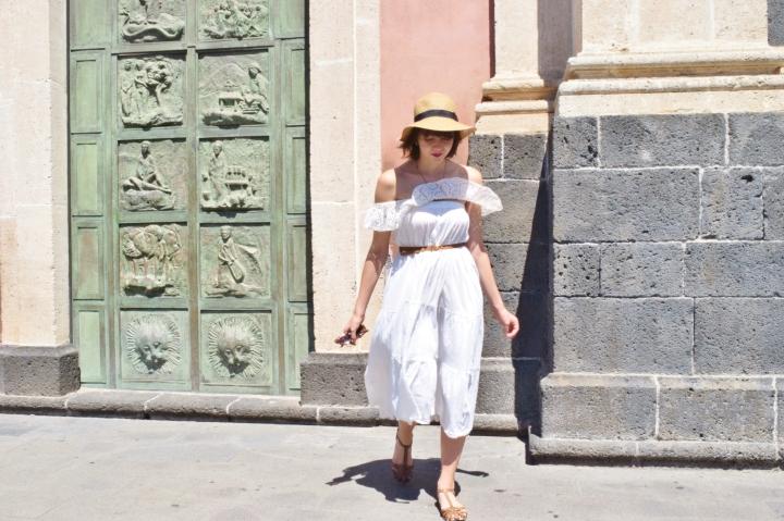 White dress 013