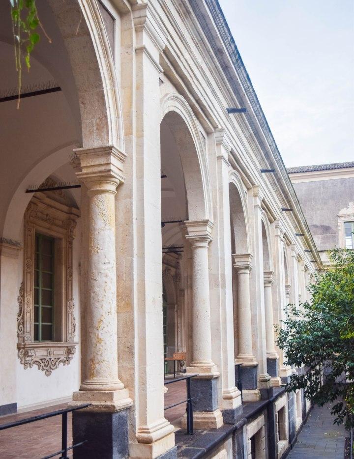 Catania monastery + disney ornaments 005